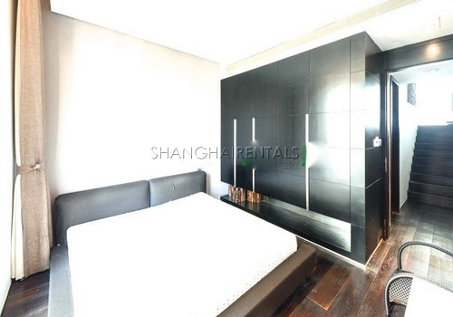 4-bedroom-apartment-at-lakeville-regency-in-xintiandi-in-shanghai-for-rent9