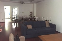 4-bedroom-villa-at-stratford-in-minhang-in-shanghai-for-rent12