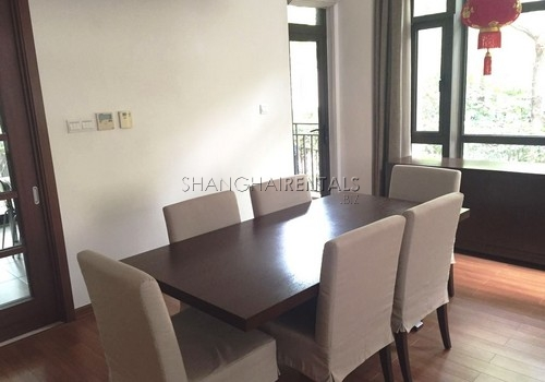4-bedroom-villa-at-stratford-in-minhang-in-shanghai-for-rent2
