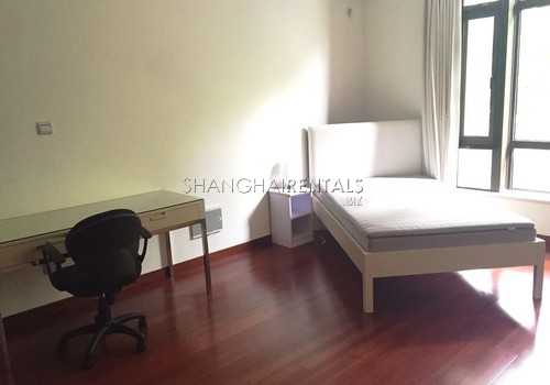 4-bedroom-villa-at-stratford-in-minhang-in-shanghai-for-rent5