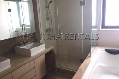 4-bedroom-villa-at-westwood-green-in-minhang-in-shanghai-for-rent10