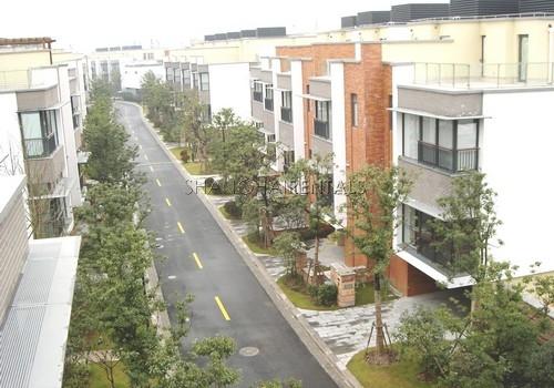 4-bedroom-villa-in-minhang-in-shanghai-for-rent14