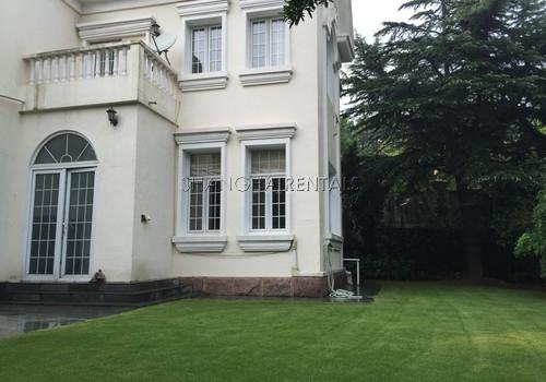 6-bedroom-villa-at-elegant-garden-in-hongqiao-in-shanghai-for-rent12