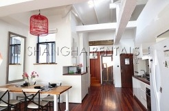 2Br old style apartment in French Concession For Rent