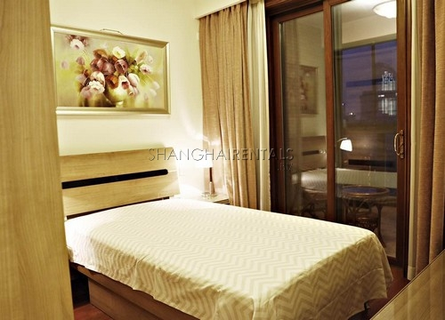 looking for an apartment in Jing'an in Shanghai (16)