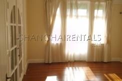 apartment in shanghai very bright 1