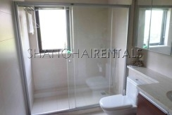 Rent Stratfor Townhouse in Huacao near close to American school in Shanghai (2)