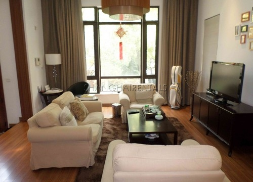 Rent Stratfor Townhouse in Huacao near close to American school in Shanghai (7)