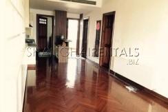 2-bedroom-high-rise-in-jingan-in-shanghai-for-rent7
