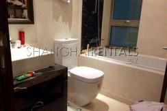 3-bedroom-apartment-in-8-park-avenue-in-jingan-in-shanghai-for-rent2