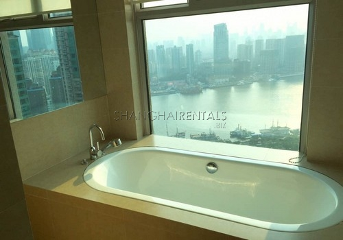4-bedroom-apartment-in-shimao-riviera-in-pudong-in-shanghai-for-rent11
