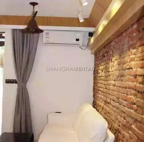 1-bedroom-apartment-in-Jingan-in-shanghai-for-rent7