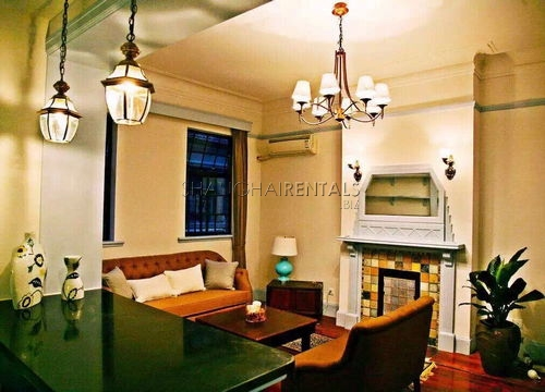 1-bedroom-apartment-in lanehouse-in-huangpu-in-shanghai-for-rent1