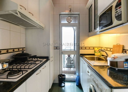 1-bedroom-apartment-in-xujiahui-in-shanghai-for-rent2