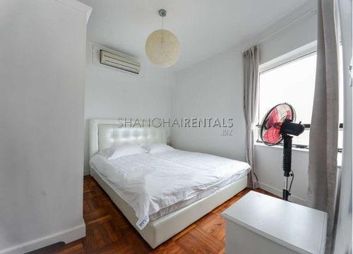1-bedroom-apartment-in-xujiahui-in-shanghai-for-rent4