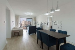 2-bedroom-apartment-in-xintiandi-in-shanghai-for-rent3