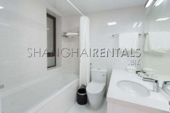 2-bedroom-apartment-in-xintiandi-in-shanghai-for-rent6