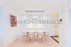 2-bedroom-apartment-in-xuhui-in-shanghai-for-rent1