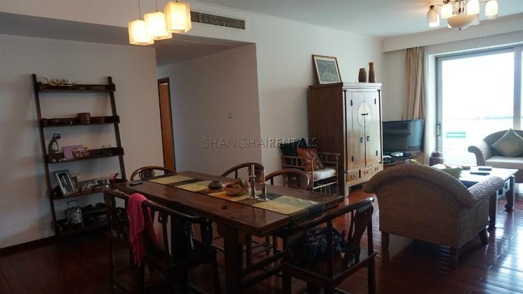 3-bedroom-apartment-at-wellignton-garden-in-xujiahui-in-shanghai-for-rent11