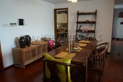3-bedroom-apartment-at-wellignton-garden-in-xujiahui-in-shanghai-for-rent9