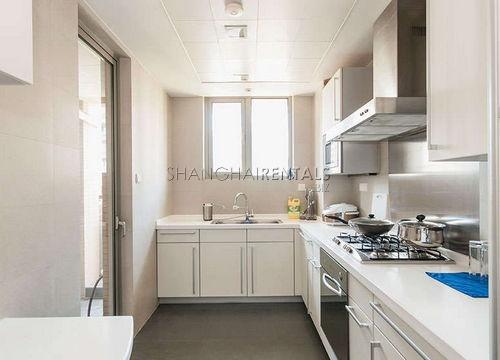 3-bedroom-apartment-in-xuhui-in-shanghai-for-rent3