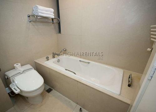 3-bedroom-apartment-in-xuhui-in-shanghai-for-rent7
