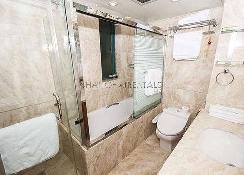 4-bedroom-apartment-in-xuhui-in-shanghai-for-rent2