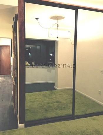 1-bedroom-apartment-in-xuhi-in-shanghai-for-rent3