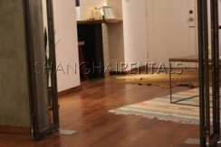 2-bedroom-apartment-in-changning-in-shanghai-for-rent3