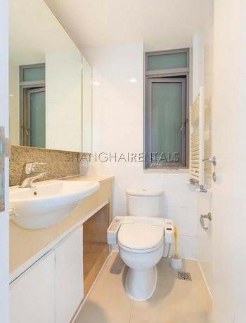 3-bedroom-apartment-at-la-cite-in-xujiahui- in-shanghai-for-rent4