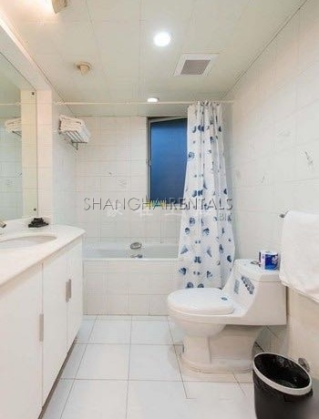 3-bedroom-apartment-at-la-cite-in-xujiahui- in-shanghai-for-rent6