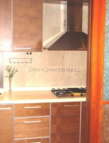 3-bedroom-apartment-at-ladoll-in-jingan-in-shanghai-for-rent3