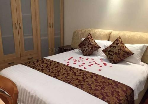 3-bedroom-apartment-at-qiangsheng-gubei-garden-in-gubei-in-shanghai-for-rent4