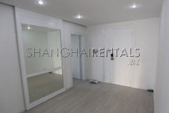 3-bedroom-apartment-at-xiangmei-garden-in-pudong-in-shanghai-for-rent4