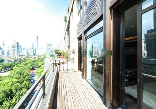 4-bedroom-apartment-at-lakeville-regency-in-xintiandi-in-shanghai-for-rent11