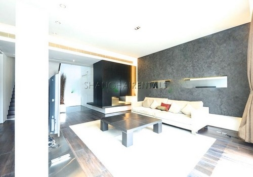 4-bedroom-apartment-at-lakeville-regency-in-xintiandi-in-shanghai-for-rent2