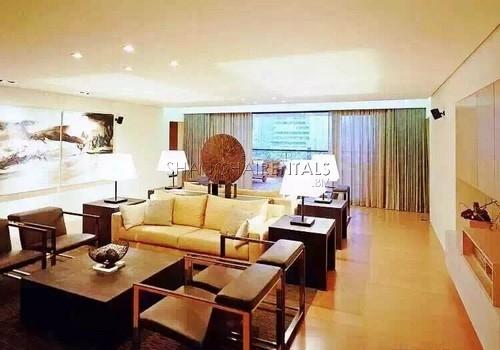 4-bedroom-apartment-in-jingan-in-shanghai-for-rent3