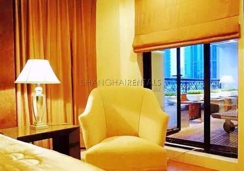 4-bedroom-apartment-in-jingan-in-shanghai-for-rent9