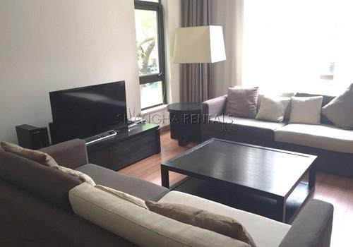 4-bedroom-villa-at-stratford-in-minhang-in-shanghai-for-rent1