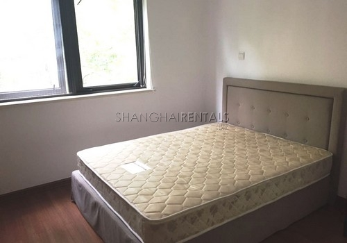 4-bedroom-villa-at-stratford-in-minhang-in-shanghai-for-rent5