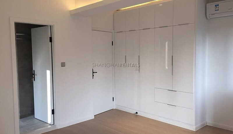 Rent for an apartment in french concession in Shanghai (8)