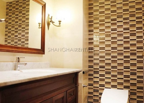 looking for an apartment in Jing'an in Shanghai (14)